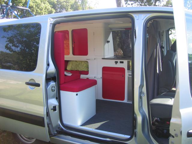 am nager un trafic en camping car site de voiture. Black Bedroom Furniture Sets. Home Design Ideas