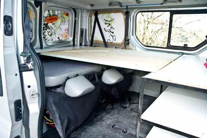 amenagement trafic camping car site de voiture. Black Bedroom Furniture Sets. Home Design Ideas