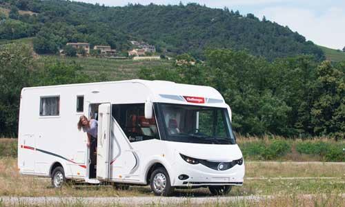 camping car occasion challenger site de voiture. Black Bedroom Furniture Sets. Home Design Ideas